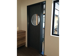 (有)マルボク木村燃商様 木製ドア