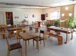 青森県産材を使用した家具